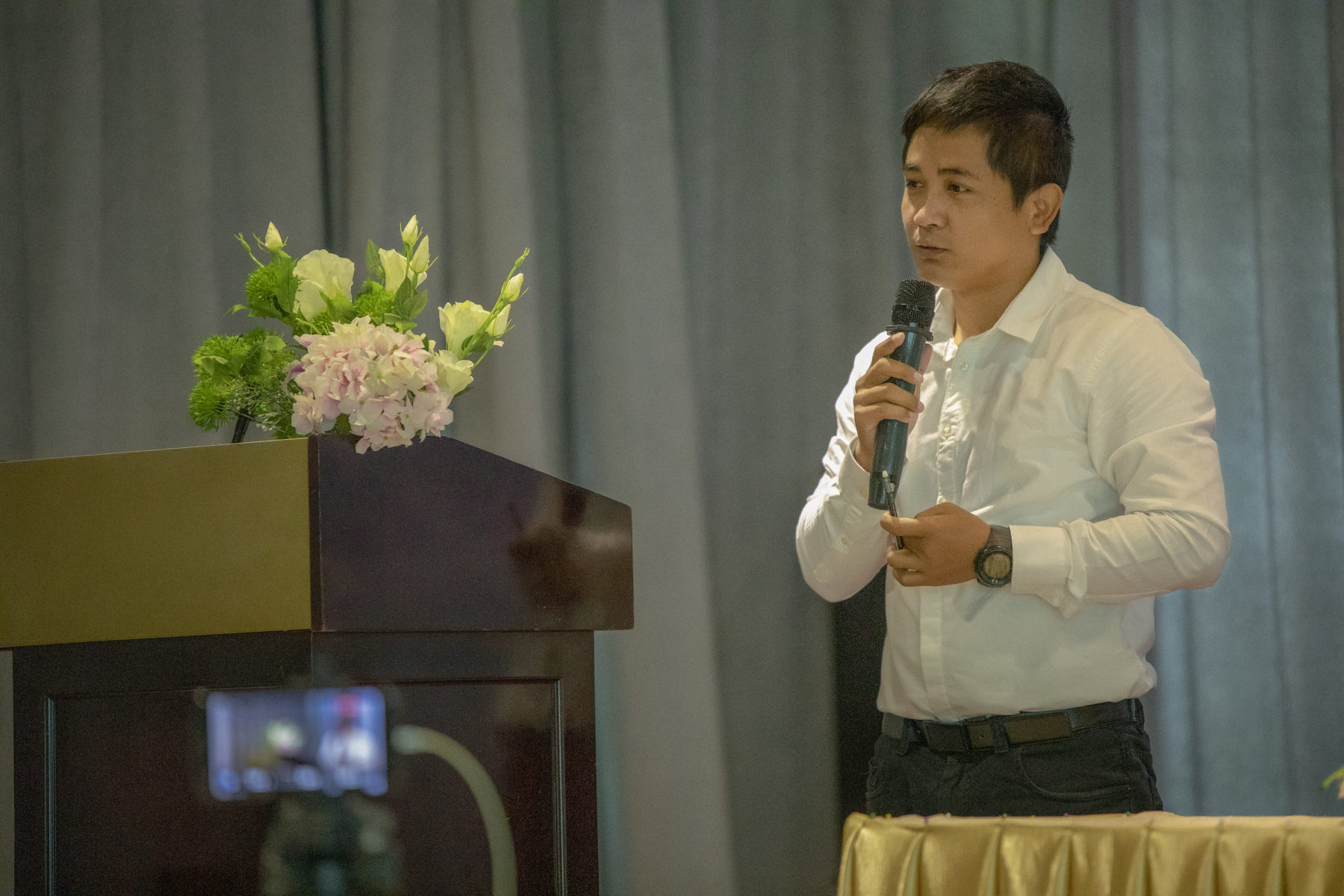 Tharo Khun