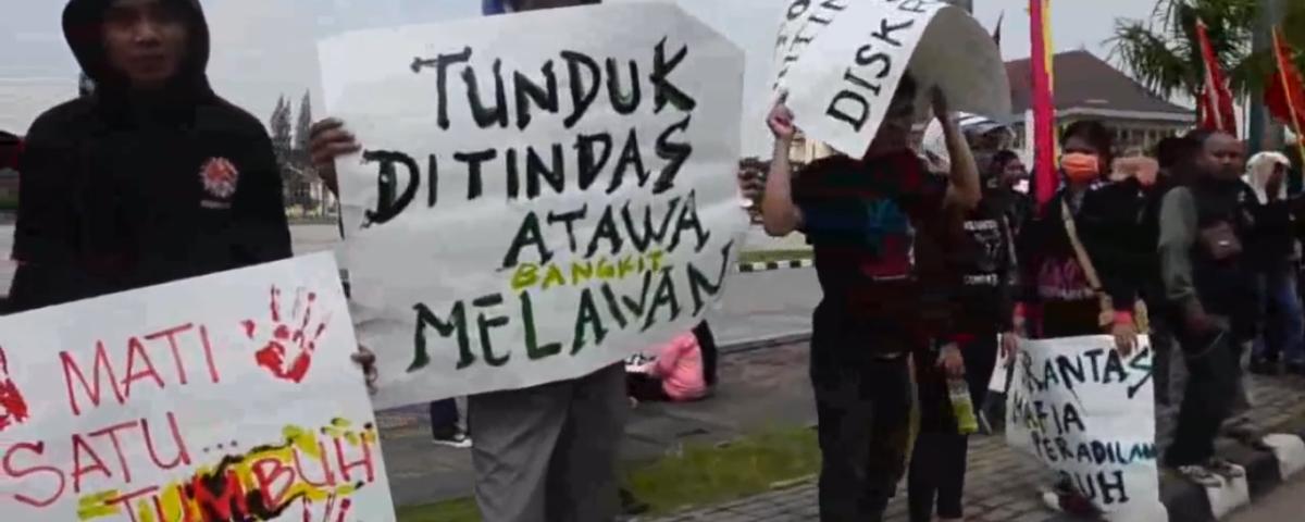 """Screenshot aus dem Film """"Bekasi in Bewegung"""" © LIPS"""