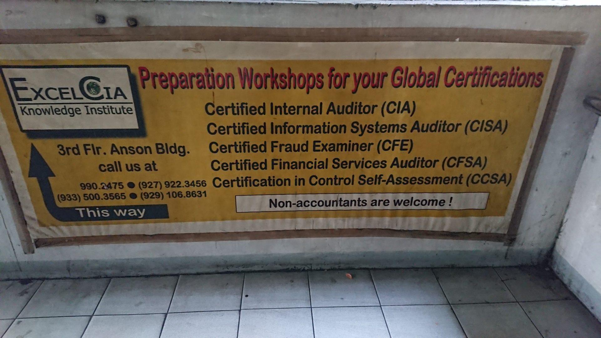 Werbung für weltweite Zertifikate für Fachpersonal in Manila © Mirjam Overhoff