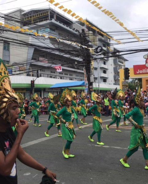 Parade beim Sinulog Festival © Alieth Bontuyan