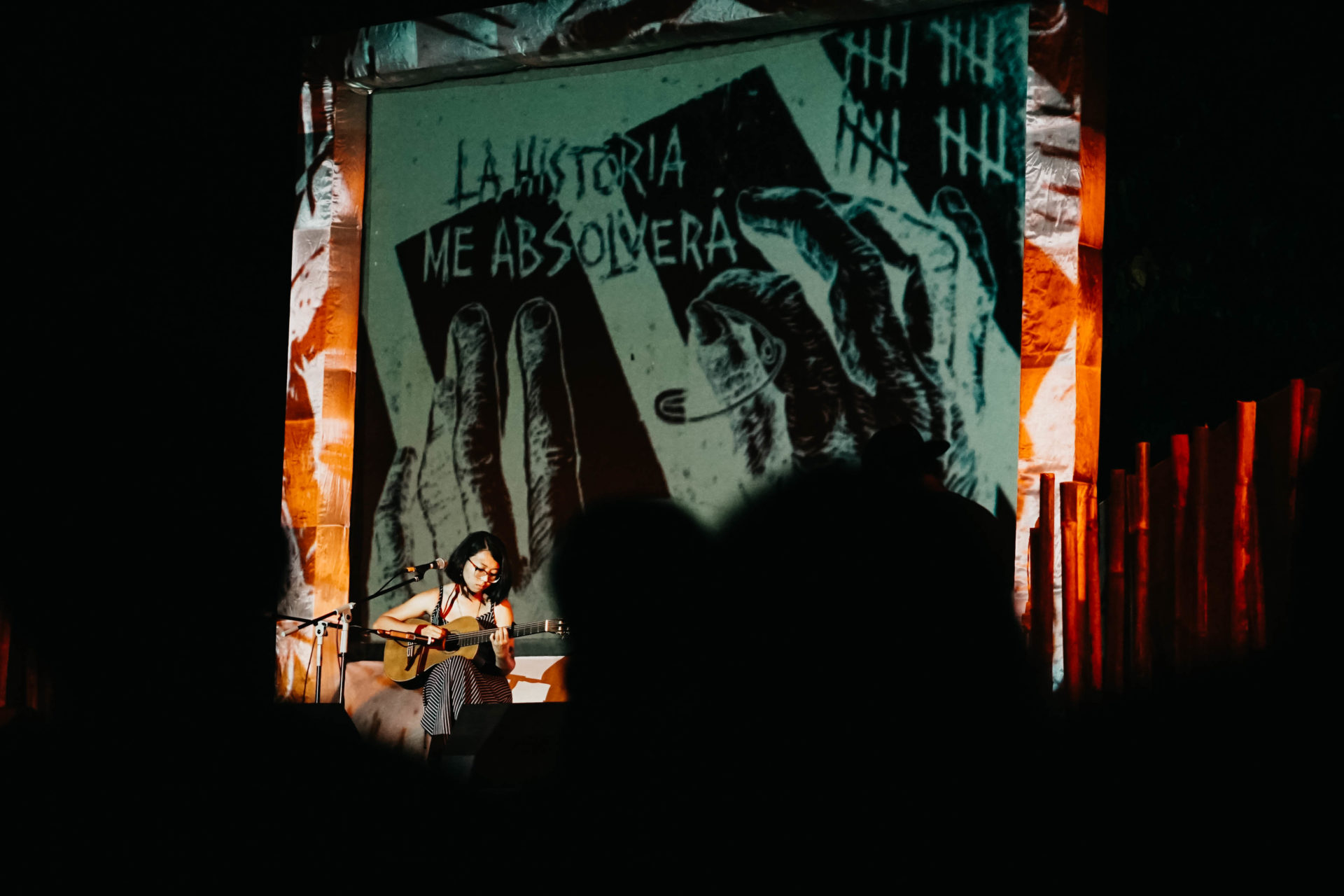 Indonesien Mit Musik Schweigen brechen